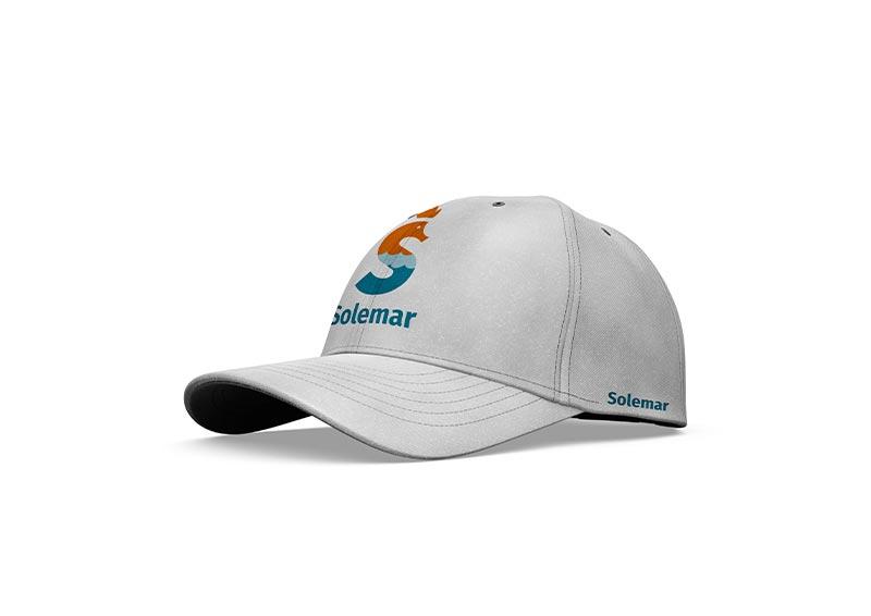 applicazione logo cappello
